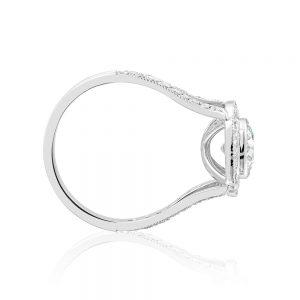 18 karat white gold and platinum round brilliant cut diamond cluster ring