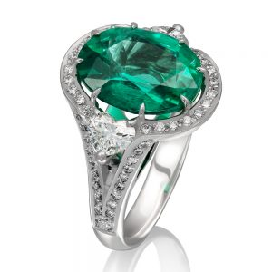Oval Emerald Cluster Ring with Heart side side view